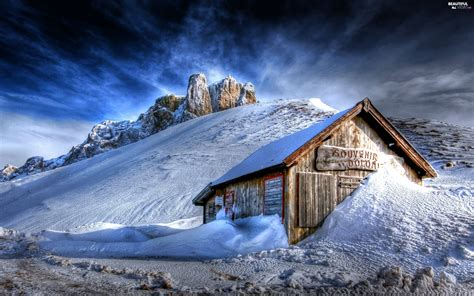 cottage in mountains snow cottage winter mountains beautiful views
