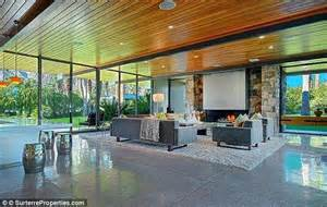 Leo Dicaprio House by Leonardo Dicaprio Is Renting Out His Palm Springs Estate