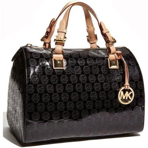 beautiful black michael kors handbag