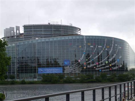 dove ha sede il parlamento europeo strasburgo sede parlamento europeo 28 images issirfa