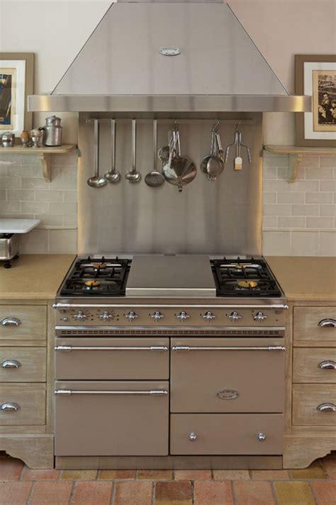 installateur de cuisine 駲uip馥 cuisine en inox vente et installation r 233 novation du