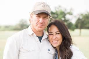 chip and joanna gaines home chip and joanna gaines hit with lawsuit over magnolia