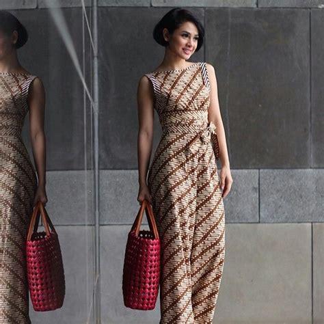 niat pakai dress batik tapi dibilang mirip daster cek