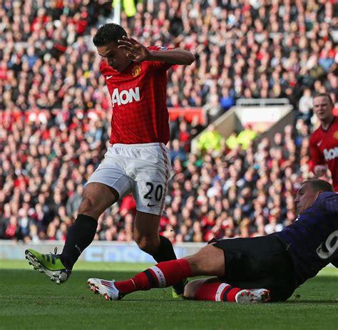 Im United premier league podolski verliert mit arsenal bei