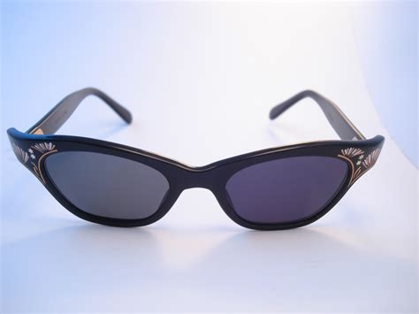 Handcrafted Sunglasses - theothersideofthepillow vintage anon labelle cat eye