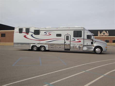 motorhome with garage 2003 kingsley coach custom with garage class a motorhome