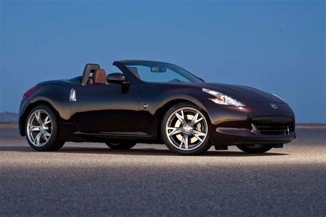 Nissan 370z Roadster Photos