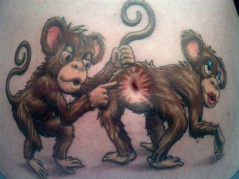 40 tatouages sur l abdomen et sur le ventre