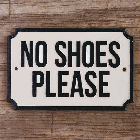 no shoes sign for house no shoes please the handmade home