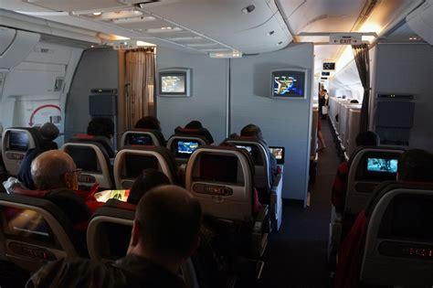 boeing 777 cabin seatguru emirates 777 200lr