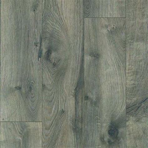 pergo xp southern grey oak laminate flooring 5 in x 7 in take home sle pe 661725 the