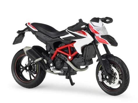Kacamata Scaple Black Ducati 1 18 scale black white maisto diecast ducati hypermotard model nm01b288 ezmotortoys