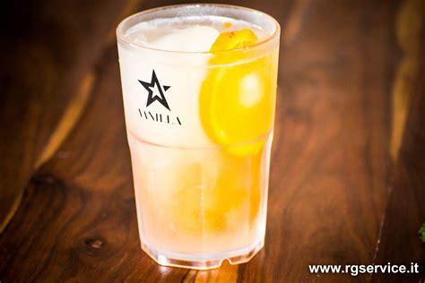 bicchieri cocktail plastica bicchieri di plastica per cocktail aperitivi e birra