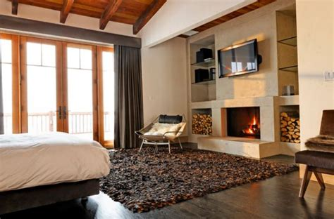 rugs for bedrooms cabin fever how to achieve the cabin look for cozy