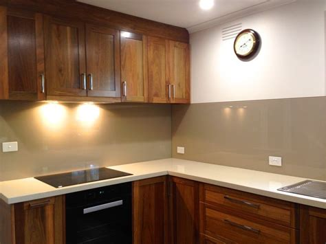 neutral coloured glass splashbacks from ultimate glass neutral colours are very popular this colour is warm tea