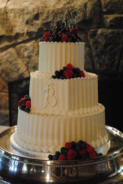 Wedding Cake Options by Buttercream Wedding Cake Options Kathy And Company Wedding