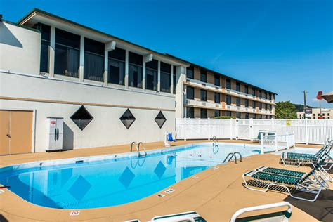 comfort inn johnstown comfort inn somerset in johnstown hotel rates reviews