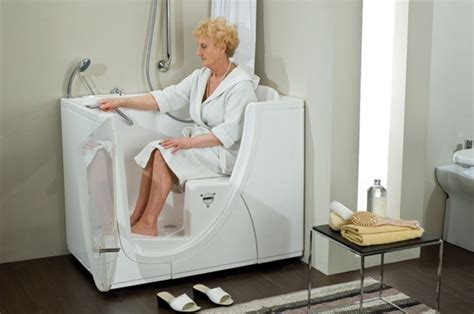 old people bathtubs bathtubs for the elderly and disabled disabled bathroom