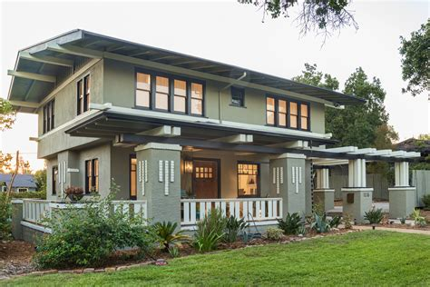 prairie style home on inspirationde remodeled by hgtv designers this prairie style craftsman