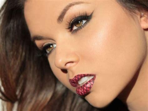 temporary lip tattoos rockefeller news