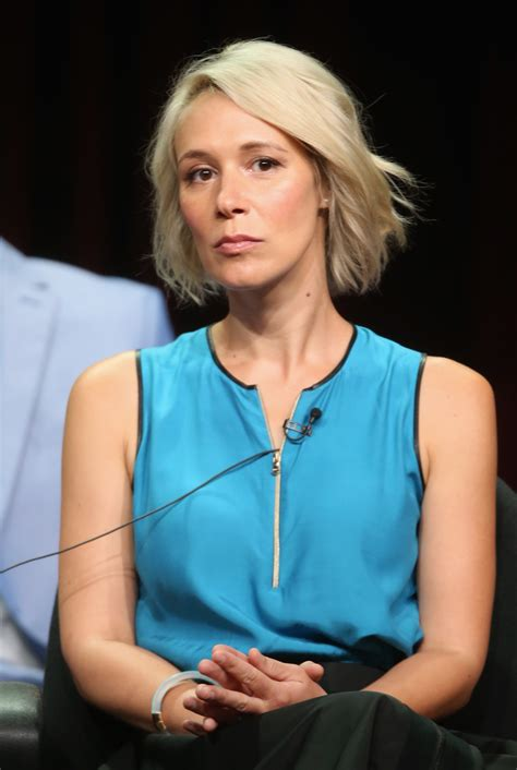 liza weil pics with short hair pics for gt liza weil brown hair