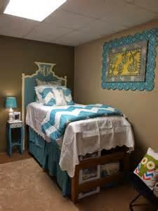 Beds For Dorm Rooms - my life as hayden sophomore dorm room bed