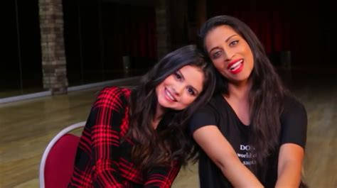 Newly Friends: Selena Gomez and YouTube Star Lilly Singh