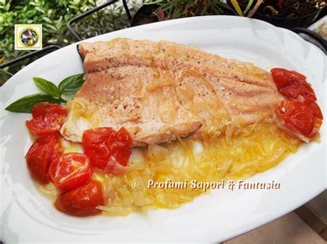 cucinare filetti di trota filetti di trota salmonata in padella ricetta facile