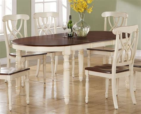 white kitchen table chairs 1000 ideas about antique dining tables on