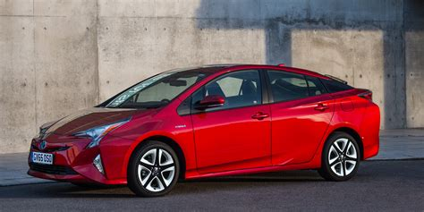 Toyota Car Types Uk by What Are Hybrid Cars Buyacar