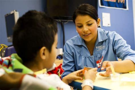 hospital volunteer hospital volunteer program choc children s