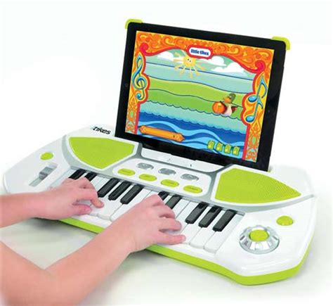 Free Keyboard Piano Giveaway - holiday gift guide itikes piano keyboard review giveaway mommy digger