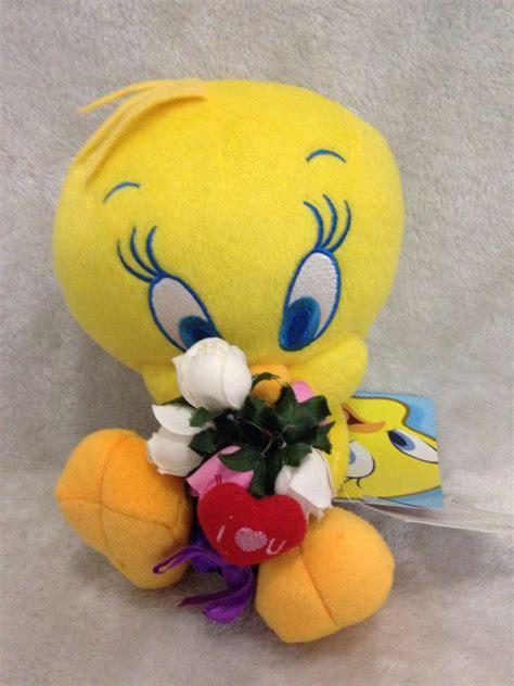 Kaos Tweety Tweet01 looney tunes tweety plush toys the yellow bird plush doll high quality 25cm in
