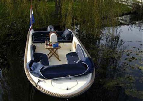 bootje biesbosch drimmelen luxe sloep 5 persoons huren in drimmelen noord brabant