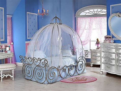 Cinderella Bedroom Decor | adorable and fun cinderella baby bedroom designs atzine com