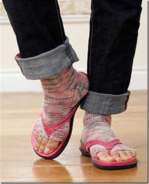 pattern for socks to wear with flip flops patonssock just cus you know how to crochet doesnt mean