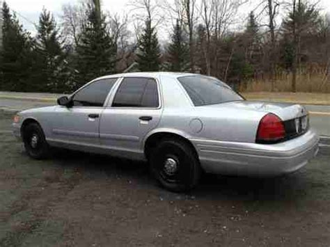 find used 2003 ford crown victoria police interceptor sedan 4 door 4 6l in orlando florida buy used 2003 ford crown victoria police interceptor sedan 4 door 4 6l p71 in clifton park new