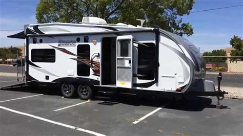 6 Sleeper Rv by Lance Hauler 2212 Trailer Only 6600 Sleeps 6 And Hold
