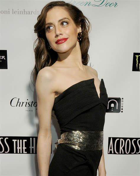 actress died 32 years old actress brittany murphy died of pneumonia 8 years ago on