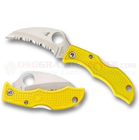 spyderco ladybug hawkbill spyderco ladybug 3 hawkbill salt knife yellow frn 1 875