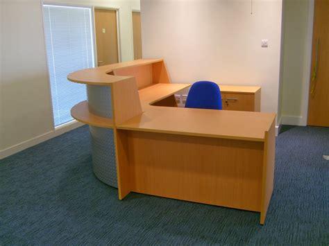 Meja Resepsionis furniture meja resepsionis elegan dan minimalis jasa
