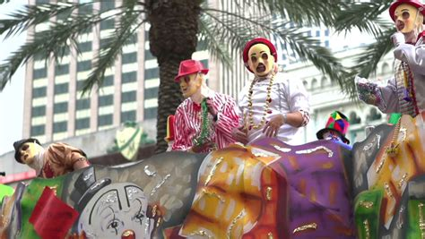 throwing in new orleans new orleans la march 2 cheering for in