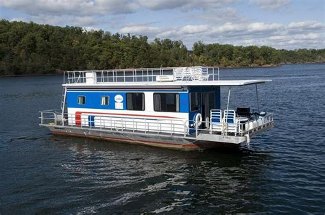 what is a house boat 44 foot blue gill houseboat