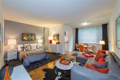 how many square feet in a studio apartment 500 square foot rentals good things in small packages