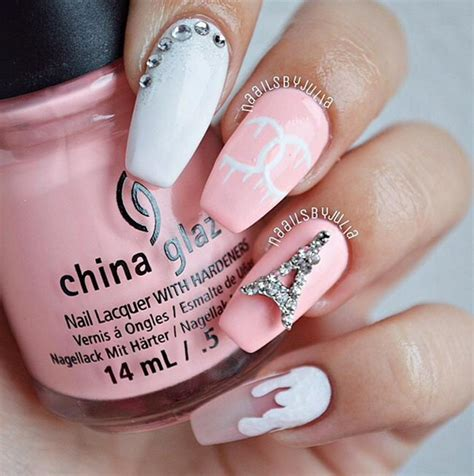 what is the style for nails in 2015 negative space nail art ideas trendy for 2015 fashionisers
