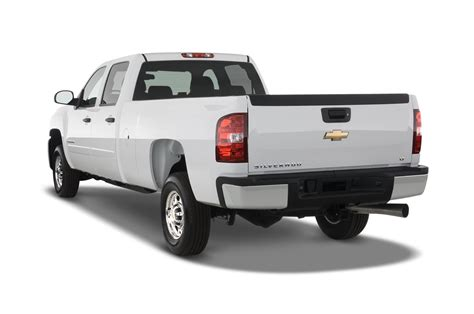how it works cars 2010 chevrolet silverado 2500 lane departure warning 2010 chevrolet silverado reviews and rating motor trend
