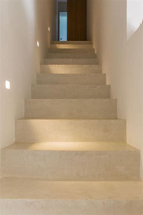 Escalier Moderne Beton by Les 25 Meilleures Id 233 Es De La Cat 233 Gorie Escalier Beton Sur