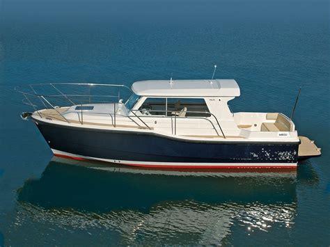 sailing boat uk dale sailing uk online chandlery