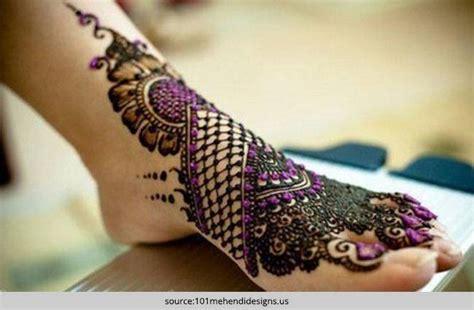 darken henna  hands  feet
