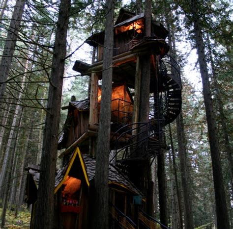 coolest treehouses cool spotting tree houses for big kids the luxury spot